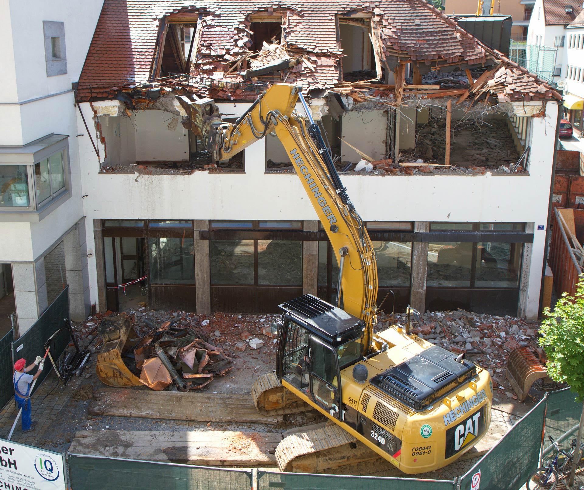 Wyburzanie_budynków